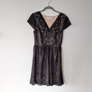 Lace effect Oasis cocktail dress